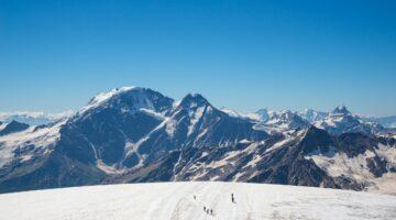 Elbrus aus der Ferne