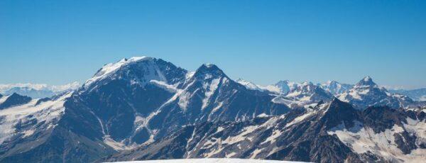 Bergabenteuer Elbrus – Tipps und Routen für die Gipfeltour