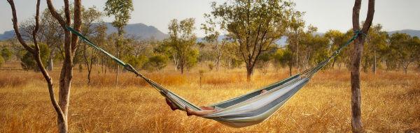 Im Outback in der Hängematte gefickt