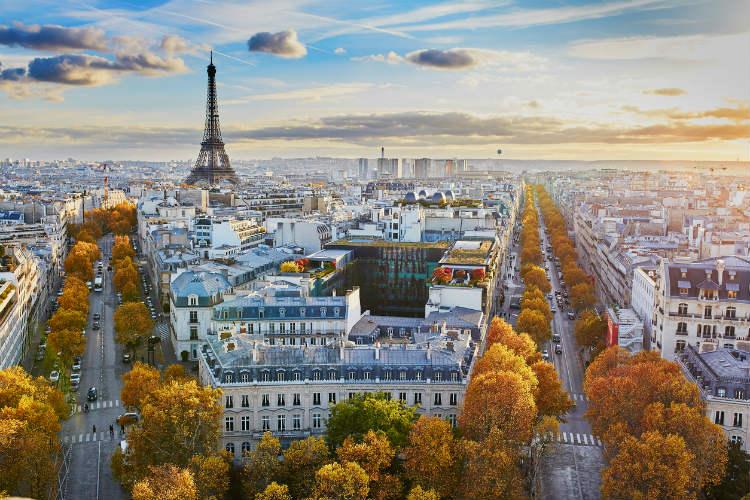 Schöner Blick über die Dächer von Paris