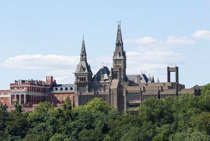 Die bekannteste Universität Washingtons liegt im Stadtteil Georgetown und wurde 1789 von Jesuiten gegründet. Healy Hall ist das imposante Hauptgebäude der Uni.