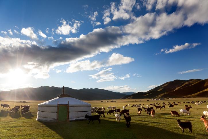 Panorama eines Tals in der Mongolei