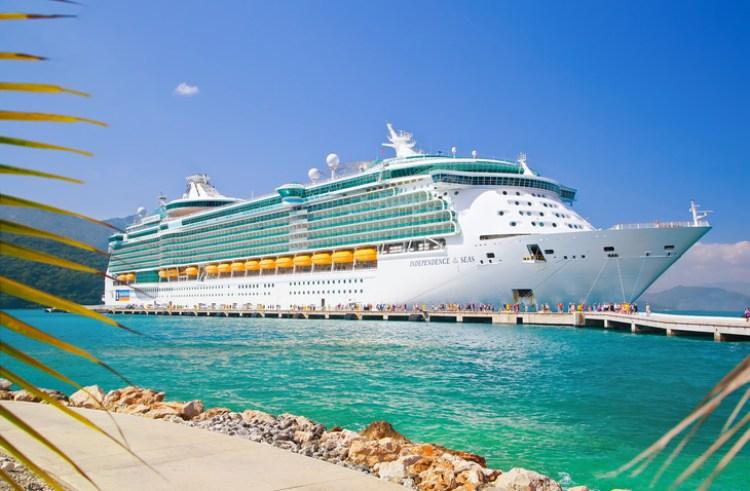 Kreuzfahrt am Hafen