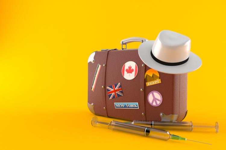 Koffer mit Impfspritze