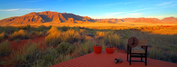 Abenteuerreise durch Namibia: Vielfältige Landschaft an der Wüste Namib
